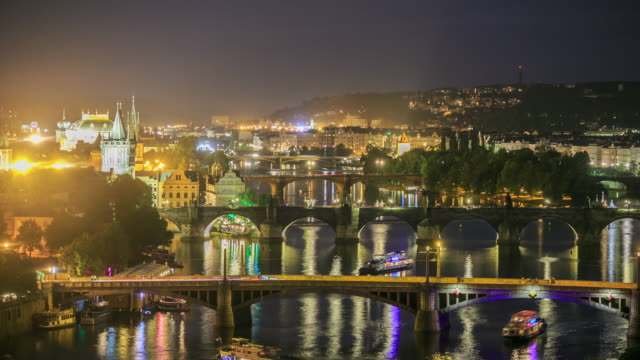 4K Time Lapse :Romantic city of Prague