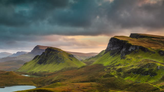 time lapse : scottish highlands at sunset - paesaggio spettacolare video stock e b–roll