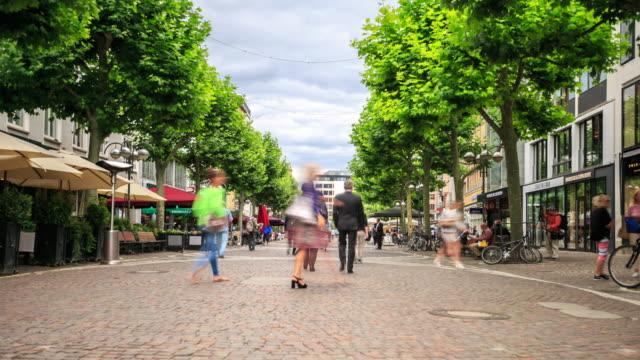 4K Time Lapse : Shopping street Frankfurt
