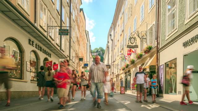 4K Time Lapse : shopping street in Salzburg