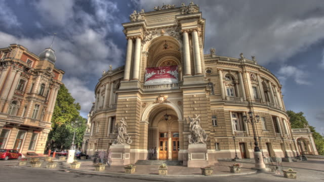 Time lapse shot across the exterior of the Odessa Opera and Ballet Theatre.