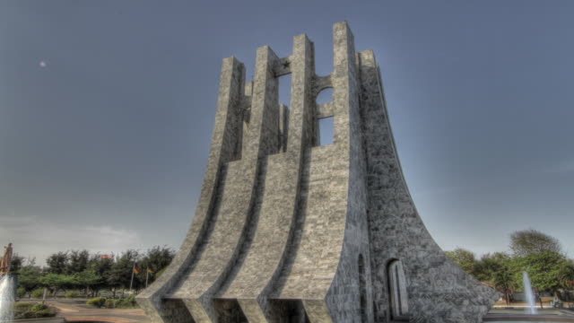 time lapse shot around the exterior of the kwame nkrumah mausoleum in accra. - ghana stock videos & royalty-free footage