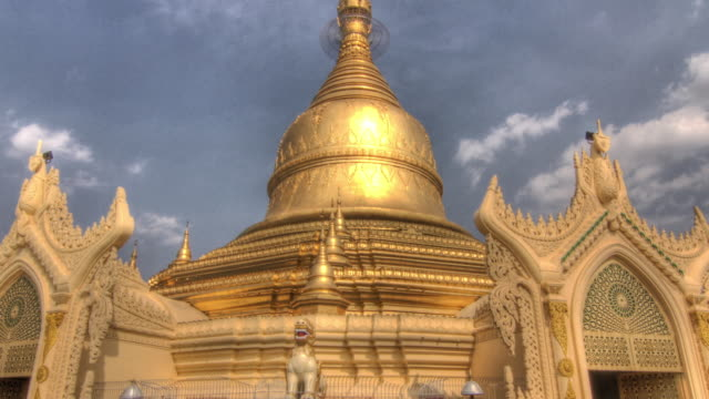 Time lapse shot around the Shwedagon Pagoda in Yangon.