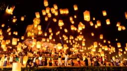 Time lapse - Sky Lanterns with Big Buddha in Loi Krathong Festival