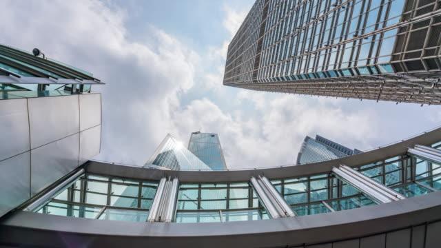 zeitraffer : skyscraper modern office buildings at central hong kong city area china - east asia - berg victoria peak stock-videos und b-roll-filmmaterial