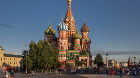 time lapse - st basil's cathedral and red square (zoom out) - moscow russia stock videos & royalty-free footage