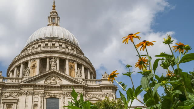 time lapse st paul's cathedral, london - anglican stock videos & royalty-free footage