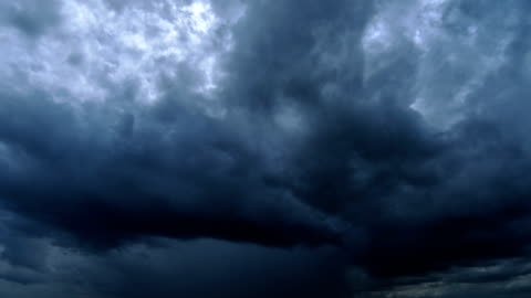 4k time lapse : storm cloud rain - storm cloud stock videos & royalty-free footage