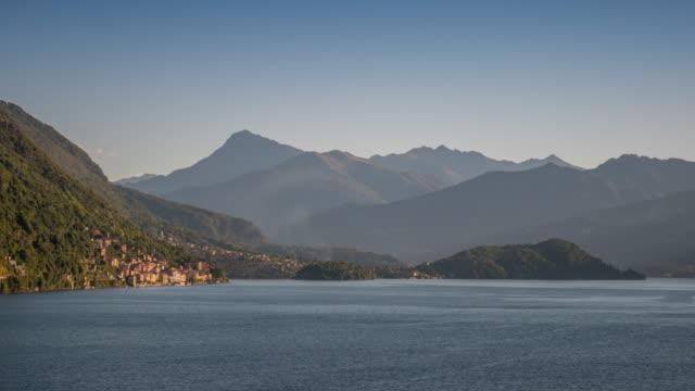 Zeitraffer: Sonnenaufgang des Comer See Italien