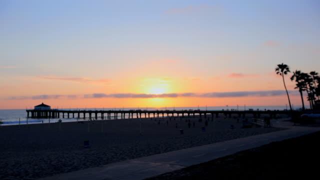 time lapse sunset at manhattan beach pier - pier stock videos & royalty-free footage