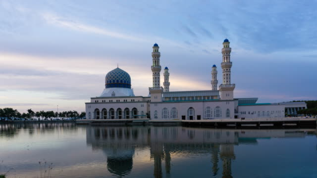 Time lapse Sunset over Mosque in Kota Kinabalu City