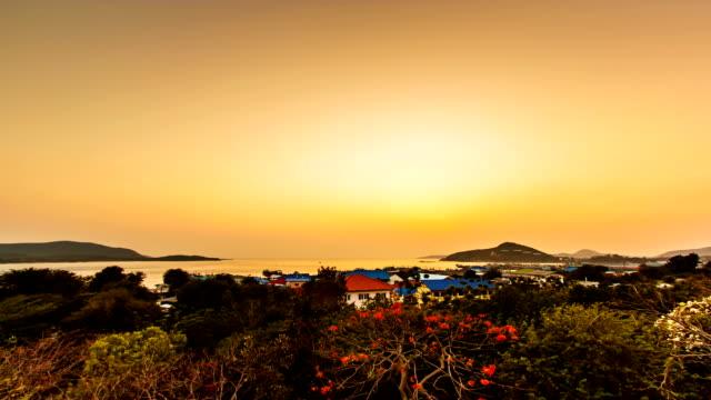 Time lapse sunset / sunrise over the ocean.