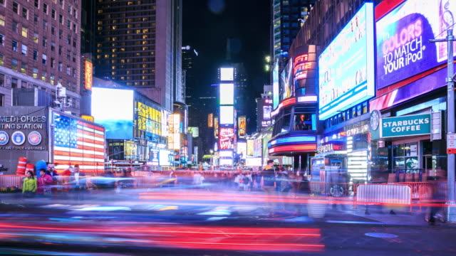 vidéos et rushes de time lapse 4 k: times square, à new york - temps