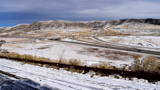 time lapse traffic from dinosaur ridge, colorado, usa - ridge stock videos & royalty-free footage