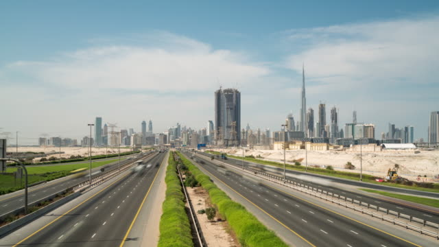 time lapse traffic in dubai - electric car stock videos & royalty-free footage