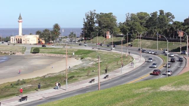"""Time lapse, traffic in Montevideo boardwalk (""""rambla"""") in Buceo neighborhood, Uruguay"""