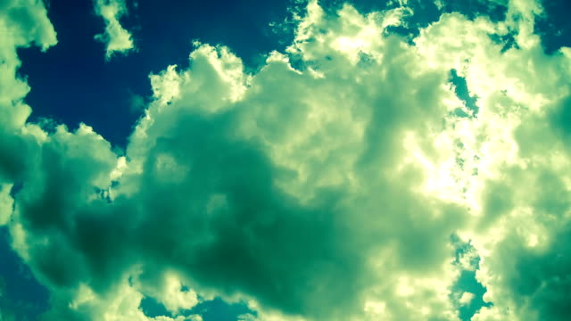 stockvideo's en b-roll-footage met time lapse video of clouds moving fast - cross processen