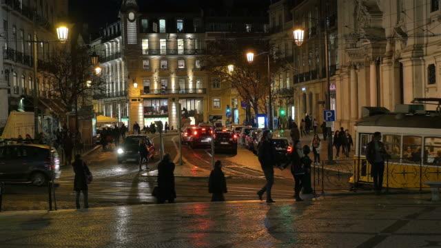 Intervallo di tempo video di Lisbona notturno a 4 k