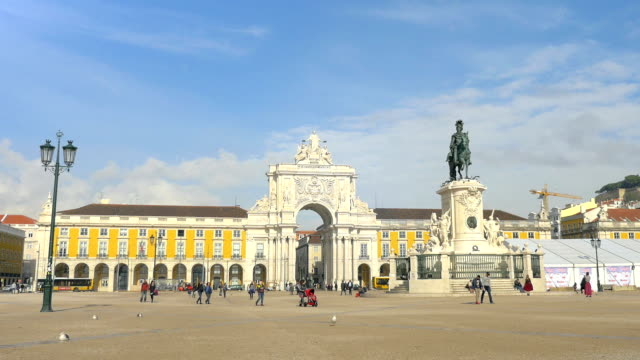 Time lapse video of Praca do Comercio–Lisbon in 4K