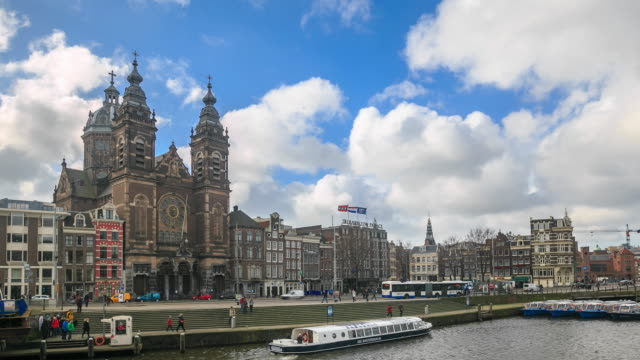 4K Time Lapse : view of Amsterdam canal