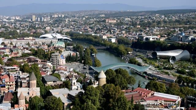 vidéos et rushes de 4k time lapse. view of the old city of tbilisi, georgia - culture de l'europe de l'est