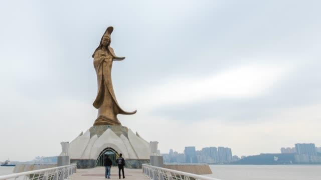 4 K の時間経過: マカオ中国の観音像の表示