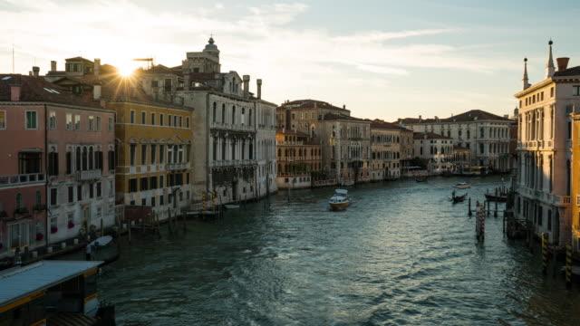 Zeitraffer, Wassertransport am Canal Grande, Venedig
