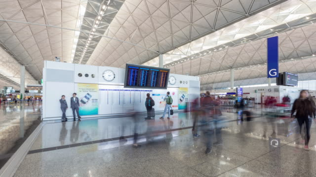 Time Lapse/4k/Airport Interior / Hong Kong, China