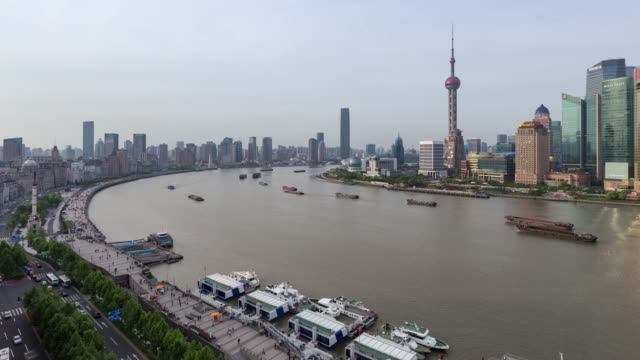 time lapse/4k/view of shanghai skyline / shanghai, china - jin mao tower stock videos & royalty-free footage