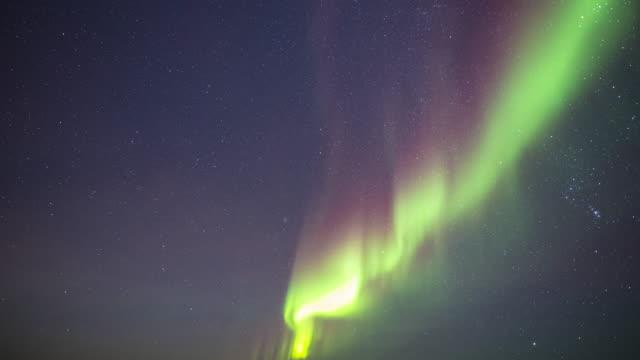time lapse-aurora - polarlicht stock-videos und b-roll-filmmaterial