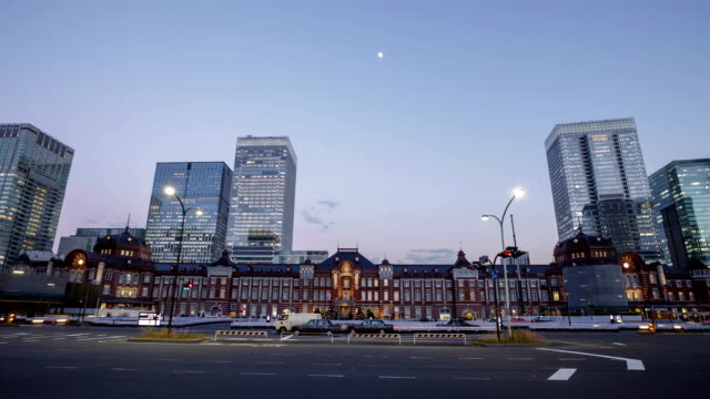 Time Lapse:Tokyo Station in Japan