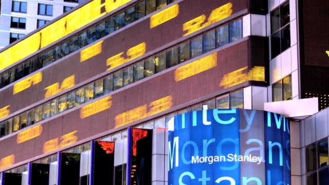 vídeos de stock e filmes b-roll de lapse time square broadway morgan stanley headquarters building stock market data ticker tape manhattan new york city usa time lapse time square... - 2013
