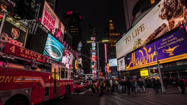 time square, new york city at night - broadway manhattan stock videos & royalty-free footage
