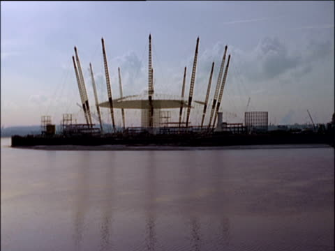 time study of the construction of the millennium dome in the late 1990's, london - the o2 england stock videos & royalty-free footage