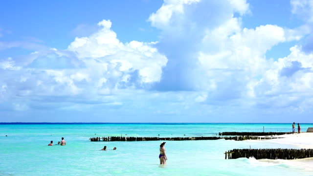 time-lape:carribean cancun sandy beach sunrise in mexico - caribbean sea stock videos & royalty-free footage
