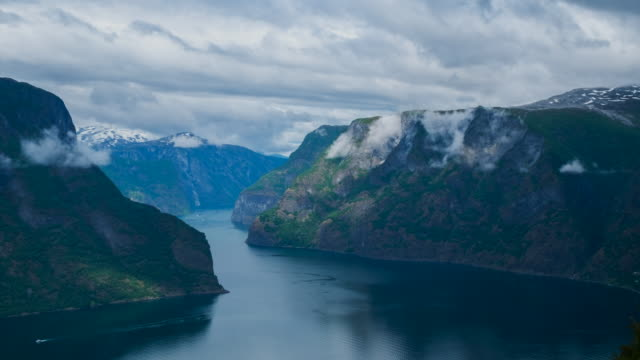 4K Timelapes : Beautiful Fjord Scenery