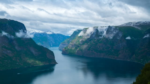 HD Timelapes : Beautiful Fjord Scenery