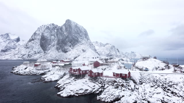 4K Timelaps : Fishing hut in the Hamnoy - Reine, Lofoten islands, Norway