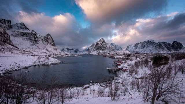 4K Timelaps :Lofoten islands the county of Nordland, Norway.
