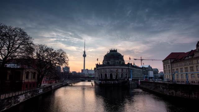 4K Timelaps :Spree River and Alexanderplatz TV Tower, Timelapse Video, Berlin, Germany