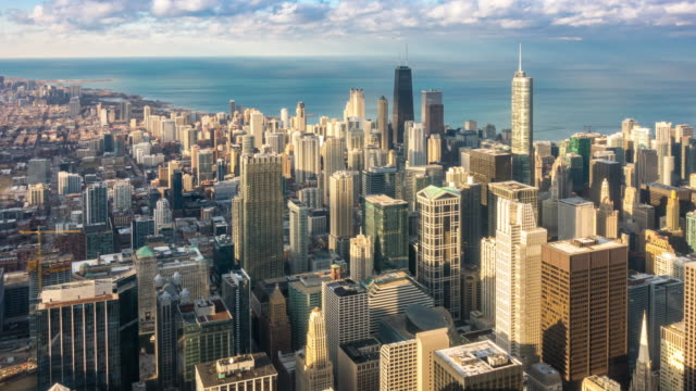 time-lapse: aerial view of chicago skyline cityscape looking river north, il usa - chicago illinois stock videos & royalty-free footage
