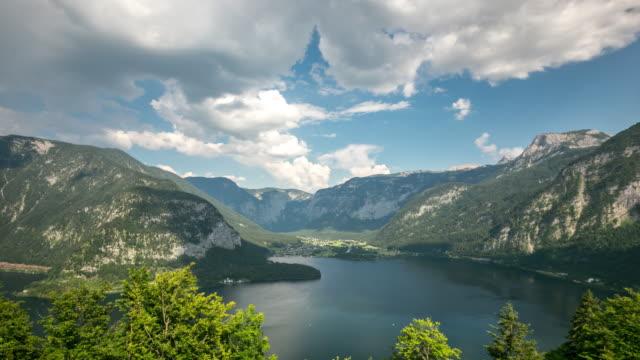 4 K Zeitraffer: Luftbild von Hallstatt village und lake, Österreich