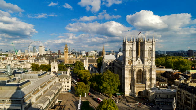 stockvideo's en b-roll-footage met time-lapse aerial view of westminster abbey at dusk. - westminster abbey