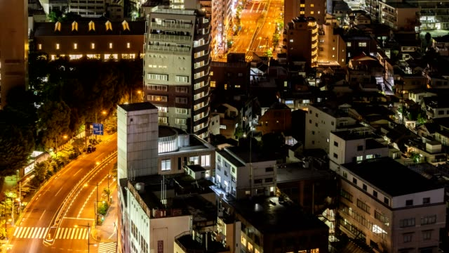 4k time-lapse, aerial view tokyo skyline cityscape with highway at night, tokyo,japan. - 主要道路点の映像素材/bロール