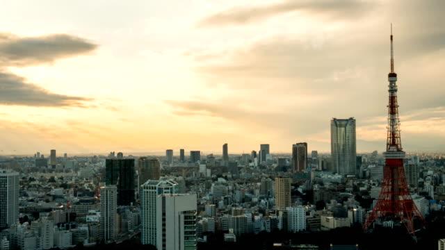 hd タイムラプス(時間:日本上空から見た東京のタワー-ストック動画-ストック動画 - overcast点の映像素材/bロール