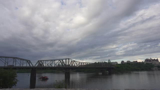time-lapse :alexandra bridge, ottawa - ottawa stock videos & royalty-free footage