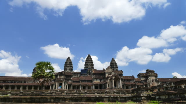 time-lapse: angkor wat temple of cambodia - buddha stock videos & royalty-free footage