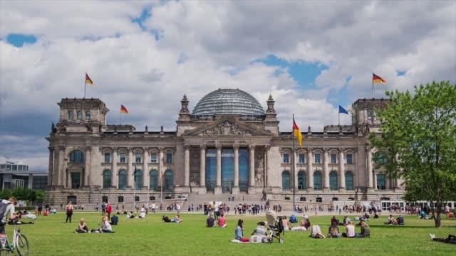HD-Zeitraffer am Berliner Reichstag, Deutschland