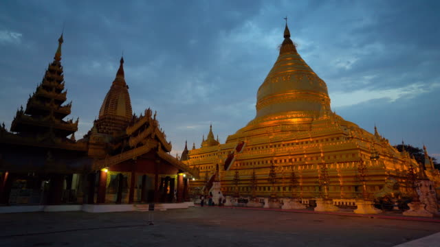 vidéos et rushes de timelapse à gloden shwezigon pagoda - lieu de culte