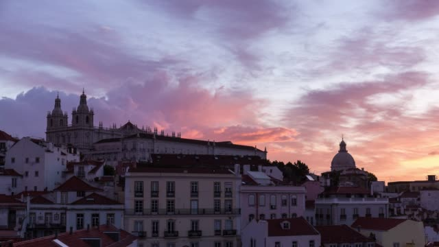 Timelapse at sunrise of the Basílica da Estrela in Lisbon